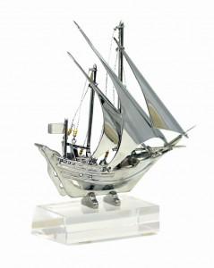BG1743/S3-Traditional Trophies